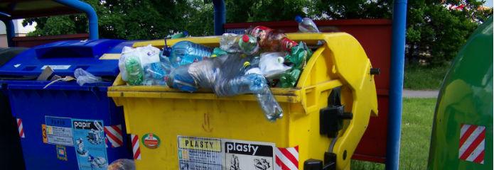 Los ltimos en el reciclaje de basuras for Tarifas piscinas municipales zaragoza