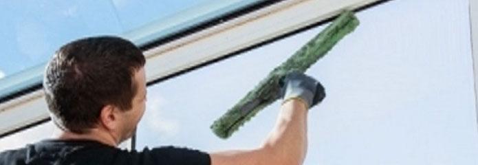 Limpieza de cristales y ventanas en zaragoza for Limpieza de cristales a domicilio