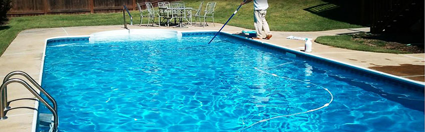 limpia el fondo de tu piscina tambi n en verano