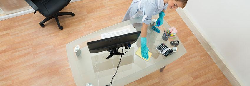 Contrata la mejor limpieza para el mobiliario de tu oficina for Trabajo para limpiar oficinas