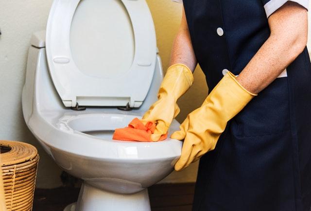 Contratar una empresa de limpieza en verano